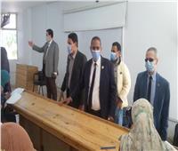 طلاب جامعة أسوان يؤدون الامتحانات وسط إجراءات وقائية مشددة