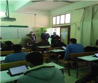غرفة عمليات القاهرة: رجال التطوير التكنولوجي بالمدارس لمساعدة الطلاب