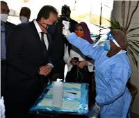 وزير التعليم العالي يشيد باتباع الإجراءات الاحترازية خلال امتحانات جامعة عين شمس