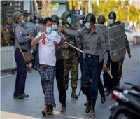 مقتل 3 أشخاص خلال تفريق قوات الأمن في ميانمار تظاهرات مناهضة للانقلاب