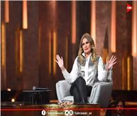 يسرا تكشف رأي عمرو دياب في أغنية «3 دقات».. وقصتها مع التنمر
