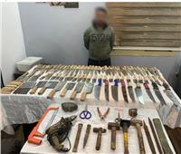 ضبط ورشة لتصنيع الأسلحة البيضاء بالشرابية