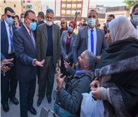استجابة للأهالي.. محافظ الإسكندرية يتابع نقل «سوق الهانوفيل» بالعجمي
