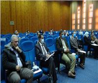 مجلس عمداء جامعة المنيا يتابع سير الامتحانات
