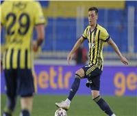 بمشاركة «أوزيل».. فنربخشة يفوز على طرابزون في الدوري التركي