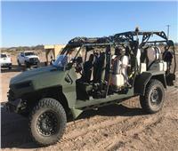 مركبة مشاة أمريكية للتضاريس الصحراوية القاسية