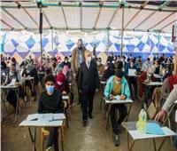 2975 طالبا وطالبة بالفرقة النهائية يؤدون الامتحانات بـ«تجارة طنطا»