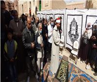 صلاة جنازة الراحل يوسف شعبان بمقابر العائلة بأكتوبر   فيديو