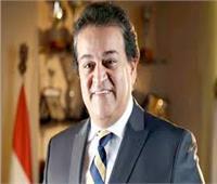 وزير التعليم العالي يرأس اجتماع «المراكز والمعاهد والهيئات البحثية»
