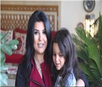 «إنقاذ الطفولة» تستعين بـ «منى الشاذلي» للتوعية بأهمية القراءة للأطفال.. فيديو