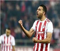 أولمبياكوس يحقق فوزًا صعبًا على فولوس في الدوري اليوناني