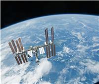 رواد روس يسدون ثقب في محطة الفضاء الدولية بصمغ أفريقي.. فيديو