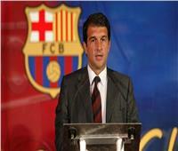 لابورتا يجهز مدرب النني لخلافة كومان فى حال فوزه برئاسة برشلونة