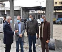 محافظ بورسعيد يتفقد أعمال إنشاء مقر تخريد السيارات