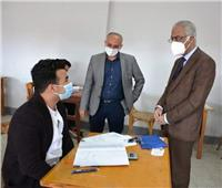 رئيس جامعة بورسعيد عقب جولته بكلية الهندسة: لا شكاوى من صعوبة الامتحانات