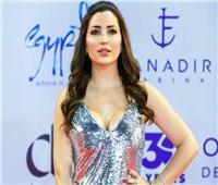 نسرين طافش تشعل السوشيال ميديا بـ«في حب مصر» | فيديو
