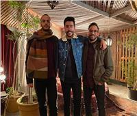 عبد الرحمن رشدي يطلق دويتو «نشكي لمين» مع أحمد كامل | فيديو