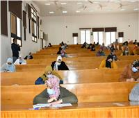 رئيس جامعة قناة السويس: التصحيح الإلكتروني يسير بالتوازي مع الامتحانات