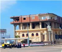 بعد تداول صور لمنزل فوق جامع بالبحيرة.. رئيس المدينة يفجر مفاجأة