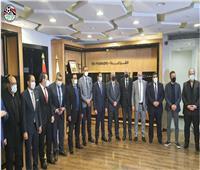 اتحاد الكرة يكرم أعضاء مجلس النواب من الوسط الرياضي | صور