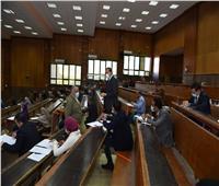٢٤٠ طالب يؤدون امتحان الماجيستير المهني MBA في إدارة الأعمال بسوهاج