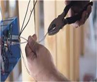 مصرع شاب صعقا بالكهرباء داخل مصنع في السويس