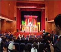 خشبة مسرح أسيوط تستعد للعرض الختامي لـ«كان في مكان»