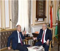 رئيس جامعة القاهرة يهنئ «أبو الغيط» لإعادة الثقة فيه كأمين للجامعة العربية