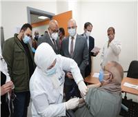 انطلاق تطعيم كبار السن وأصحاب الأمراض المزمنة بلقاح كورونا في بني سويف