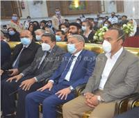 محافظ المنيا ييشهد صلوات تجنيز الأنبا أثناسيوس أسقف ببني مزار| صور