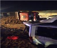 المعمل الجنائي يعاين موقع حادث الصحراوي الشرقي