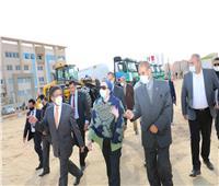 وزيرة البيئة تتفقد مبنى الوزارة الجديد بالعاصمة الإدارية