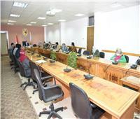 مجلس إدارة المدن الجامعية بسوهاج يناقش خطة تطوير الخدمات الطلابية