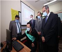 وزير الاتصالات ومحافظ كفر الشيخ يفتتحان عددا من المشروعات الخدمية