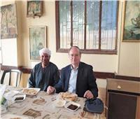 استقبال سفير الاتحاد الأوروبي بالمنيا بـ«الفطير المشلتت»