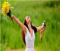 «هي أكثر ألغاز الحياة غموضاً».. ١٠عبارات  تمجد المرأة في يومها العالمي