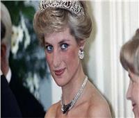 في اليوم العالمي للمرأة | أبرز فساتين السهرة لملكة القلوب