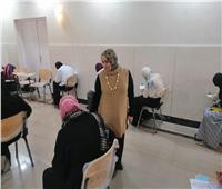 وسط الإجراءات الاحترازية.. طالبات الدراسات الإسلامية والعربية يؤدين الامتحانات
