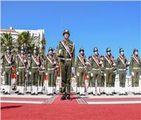 احتفالا بيوم الشهيد.. محافظ الإسكندرية يضع إكليل الزهور على النصب التذكاري