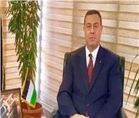 سفير فلسطين بالقاهرةيبارك لمصر النجاح الكبير في حل أزمة السفينة الجانحة