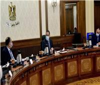 الحكومة: توجيهات رئاسية بزيادة الاستثمارات بالمشروعات القومية