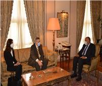 وزير الخارجية يشدد على ضرورة الالتزام ببنود اتفاق وقف إطلاق النار بليبيا