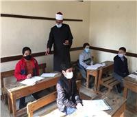 رئيس «المعاهد الأزهرية» يتفقد لجان امتحانات الشروق بالقاهرة