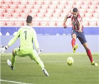 الشوط الأول | «سواريز» يمنح تقدم أتليتكو على ريال مدريد في «الليجا الإسبانية»