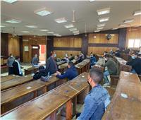 رئيس جامعة أسوان يؤكد أهمية تطبيق الإجراءات الاحترازية بلجان الامتحانات