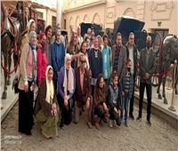 «المركبات الملكية» يستقبل أعضاء جمعية الحفاظ على التراث المصري.. صور