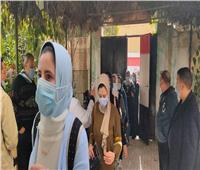 طلاب ثانية الثانويبالبحيرة يؤدون الإمتحانات فى اللغة الأجنبية والكيمياء