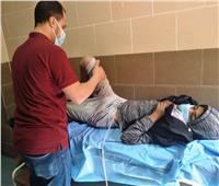 «طفل العجانة» يصل مطار أسوان.. واهتمام كبير بمتابعة حالته الصحية