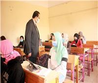 «وكيل تعليم الغربية» يتابع سير امتحانات النقل بشرق طنطا