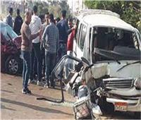 بالأسماء.. مصرع فتاة وإصابة 25 آخرين في حادث سيارتين بالمنيا